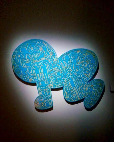 Keith Haring, UNTITLED 1984, smalto su legno intagliato