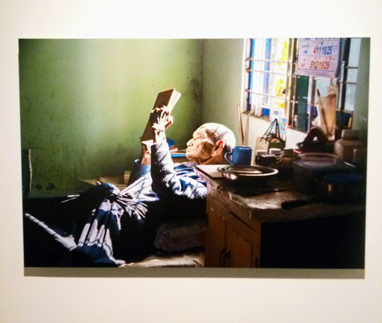 Brescia Photo Festival - Steve McCurry, Leggere