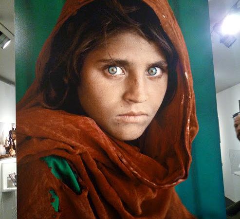 Ritratto di una bambina afgana, Steve McCurry